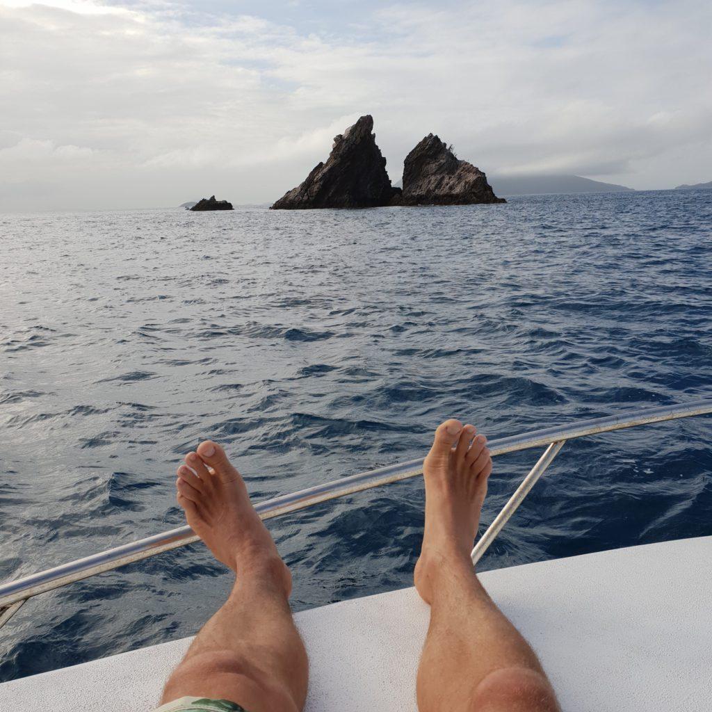 Sailing Whitsundys
