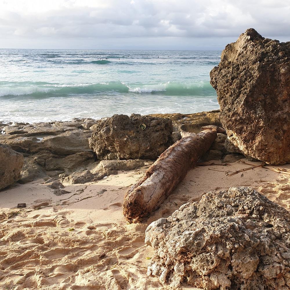 Bingin Beach