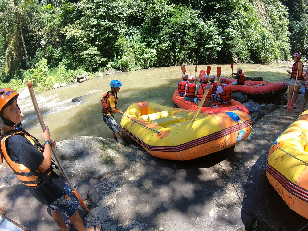 white water rafting in bali