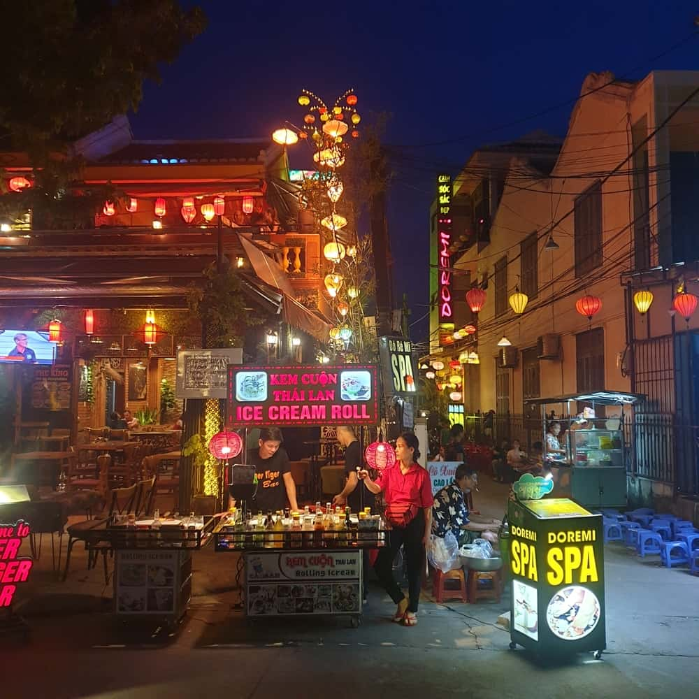Best things to do in Hoi an at night